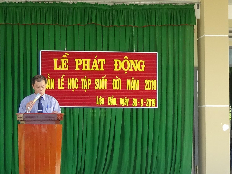 Thầy Nguyễn Văn Khánh - Phó hiệu trưởng nhà trường phát động Tuần lế HTSĐ năm 2019